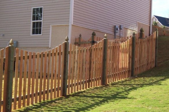 Wooden-Backyard-Fences